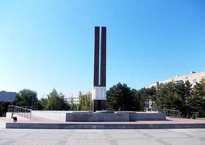 Мемориал «Павшим за Родину», Памятник, скульптура,  Азов