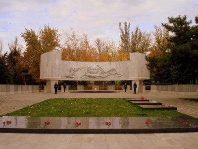 Вечный огонь,Памятник, скульптура,Ростов-на-Дону