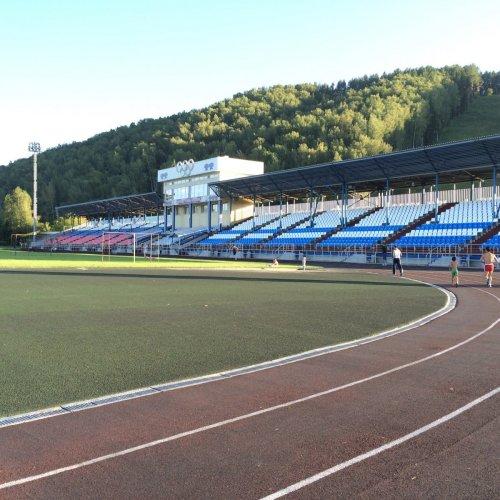 Стадион Спартак, Стадион, Горно-Алтайск