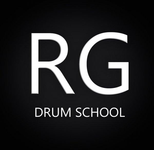 логотип компании Granin Drum Studio