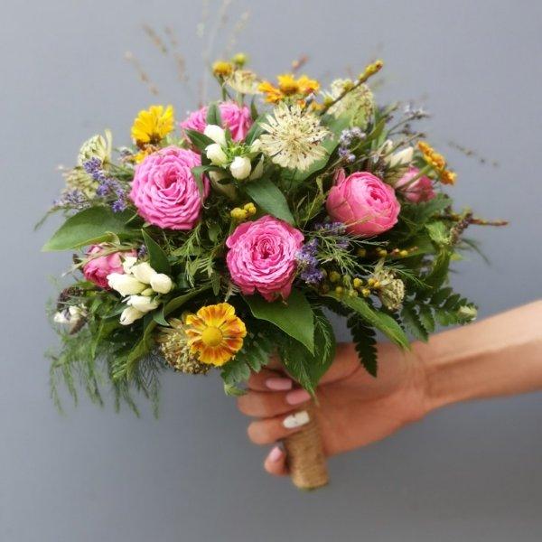 Цветы и подарки Магазин цветов, Салон флористики, Магазин подарков и сувениров, Товары для праздника, Товары для интерьера, Доставка цветов