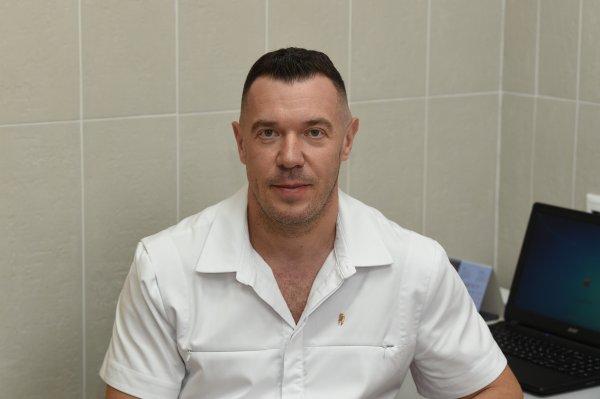 Угаров Сергей Викторович, Врач стоматолог-ортопед и врач стоматолог-хирург, Магадан