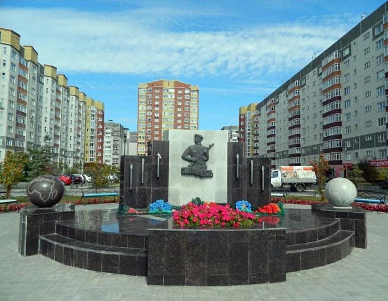 Воинам ВДВ,Памятник, скульптура,Тюмень