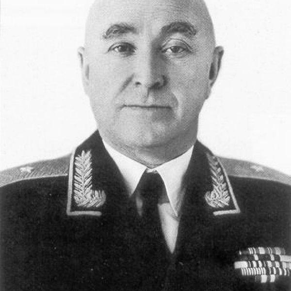Памятник Г.М. Шубникову,Памятник,Байконур