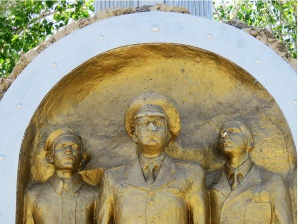 Памятник Первопроходцам Байконура,Памятник,Байконур