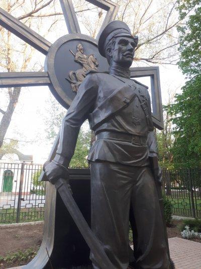 Памятник героям Первой мировой войны, Памятник, скульптура,  Азов