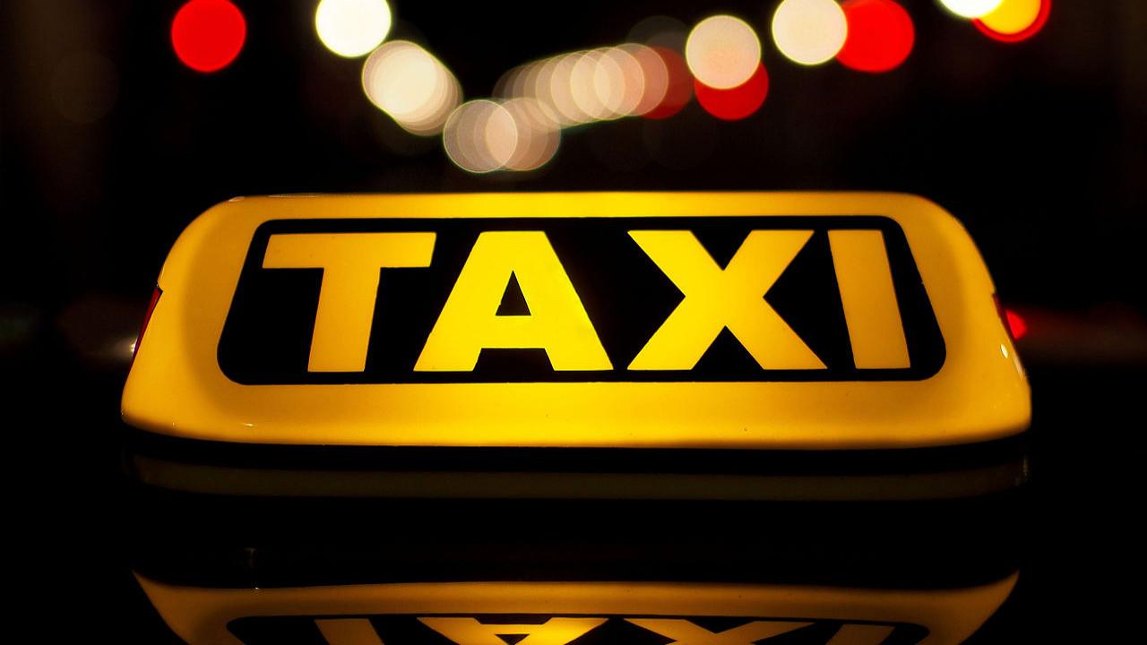 В Шахтинске разрешат деятельность такси