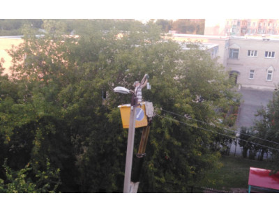 В городе Куйбышеве полностью меняют светильники уличного освещения