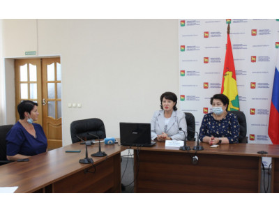 «Дистанционная интернет-школа родителей» стала доступна для семей Куйбышевского района