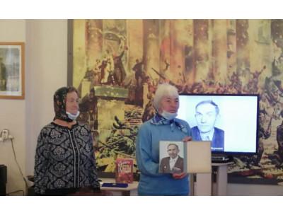 Торжественная передача медали «За отвагу» семье героя Великой Отечественной войны Ивана Борникова состоялась в музейном комплексе города Куйбышева