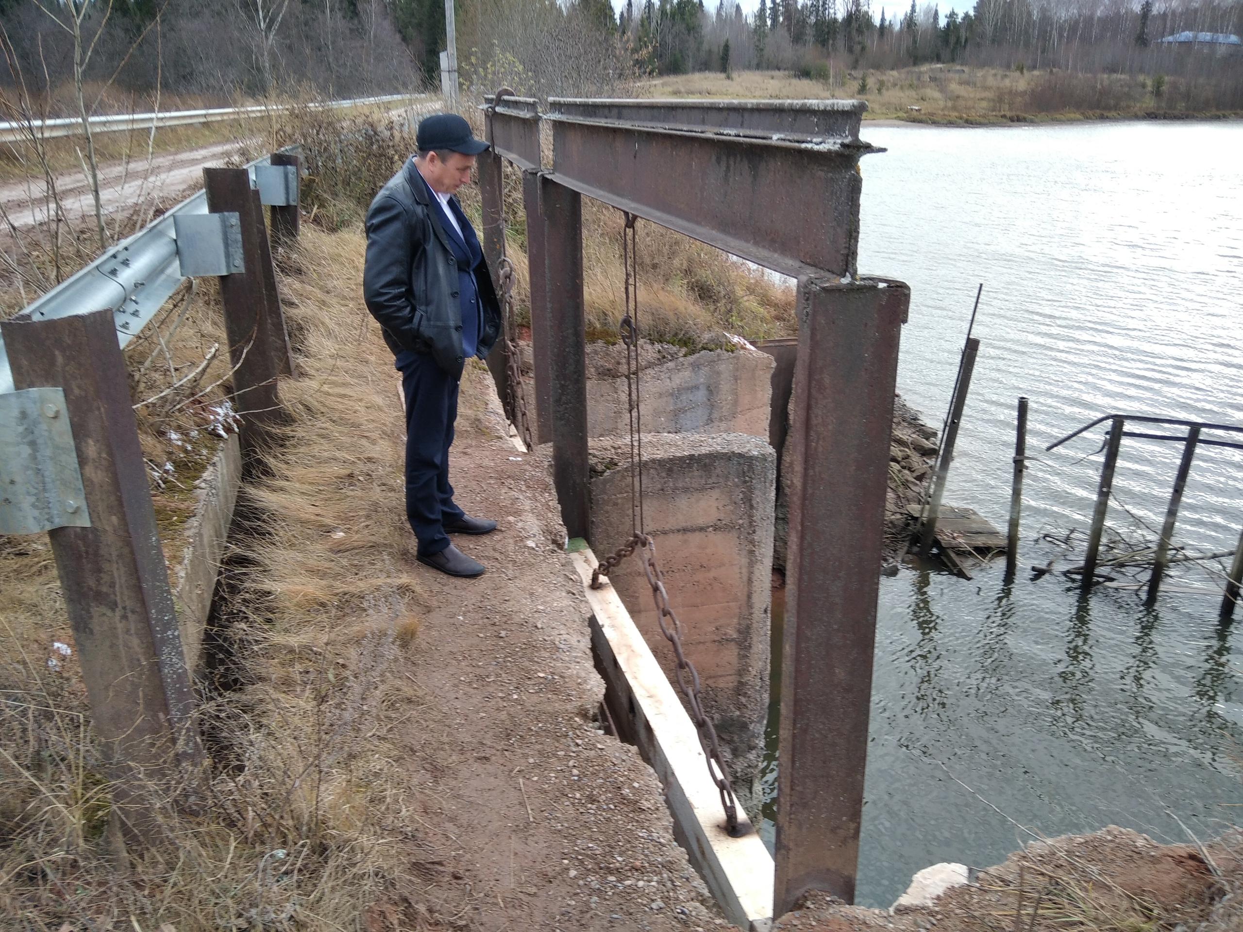 В Можгинском районе проводится работа по понижению уровня воды в водоемах