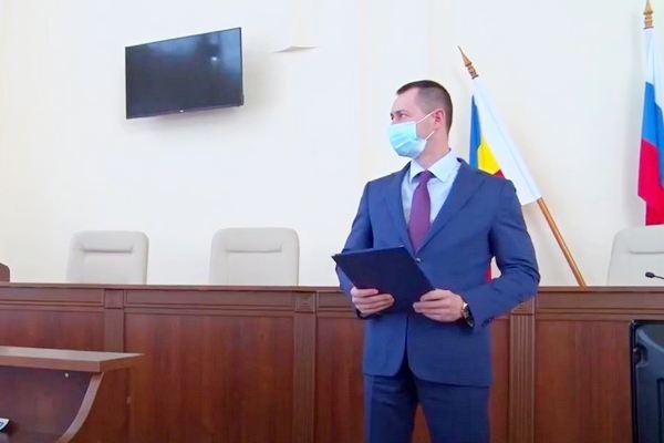 Высокую награду от Владимира Путина получил глава администрации Азова Владимир Ращупкин