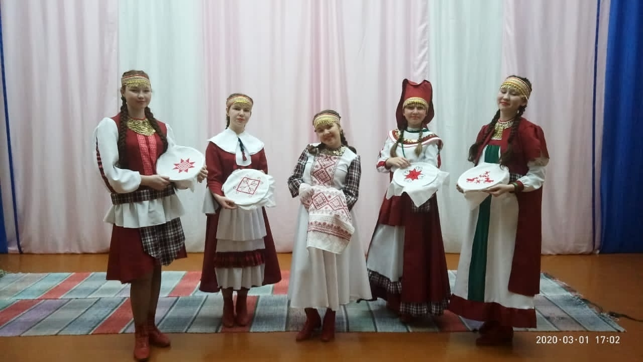Можгинцы победили в республиканском конкурсе любительских театров моды
