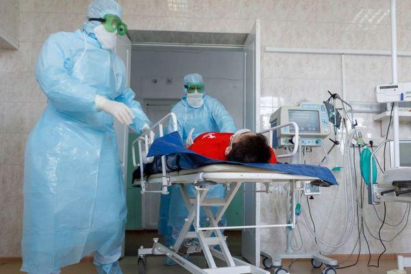 На утро 31 октября, в Азове и районе, медики выявили 17 новых инфицированных