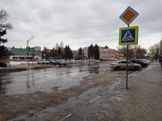 В Азове никто  не митингует в поддержку Навального