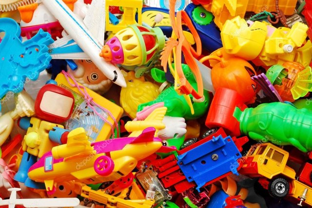 Азовчане, если вам не нужны детские игрушки, ими можно осчастливить детей АДДИ