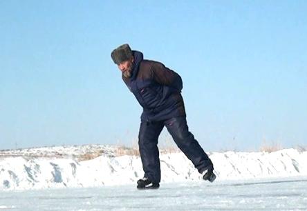 Пируэты аксакала на льду