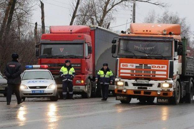 В Азовском суде осудили бывшего сотрудника ДПС  за поборы с водителей