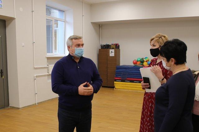 5 миллионов рублей направлено на закупку различного оборудования для Красносадовской школы Азовского района
