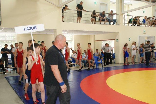 В Азове возобновятся спортивные мероприятия с участием зрителей.