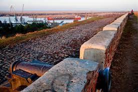 Почему жители города Азова не могут участвовать в выборе проектов по обустройству набережной и памятника истории Турецкий Вал!???