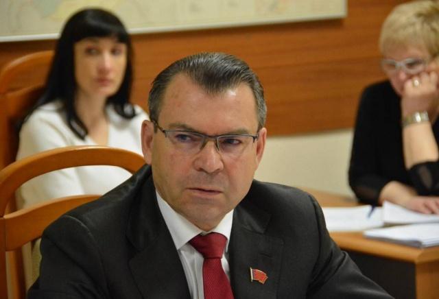 Депутат Заксобрания курирующий здравоохранение сложит свои полномочия