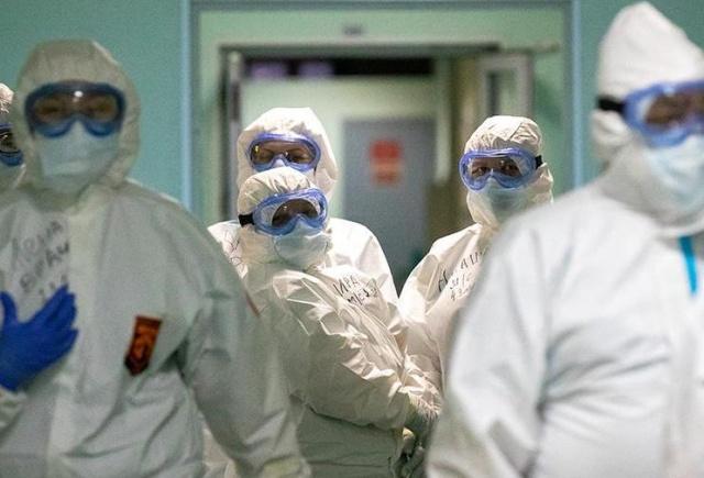 В качестве киносенсаций  всем семьям погибших от COVID медиков выплатят 1 млн рублей