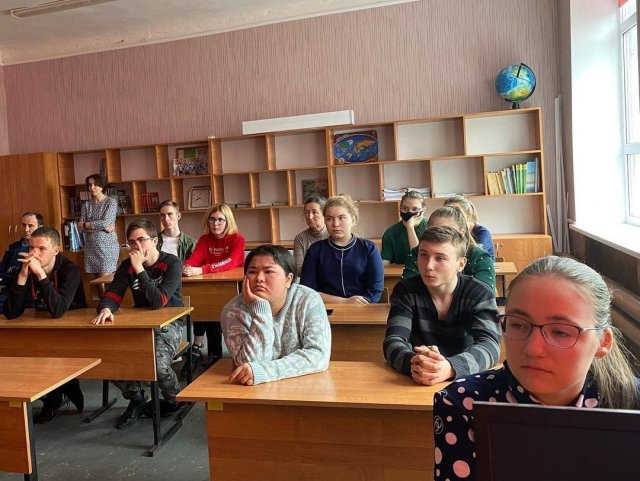 В Азовском районе стартовала Всероссийская акция Народный кинопоказ