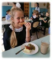 Питание в школах Ростовской области оказалось лучшим в России.