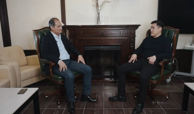 KOP SOZ | Кайрат Абсаттаров аким г. Жезказган дает развернутое интервью редактору информационного инстграм канала @Etozhez Ерману Абдулову