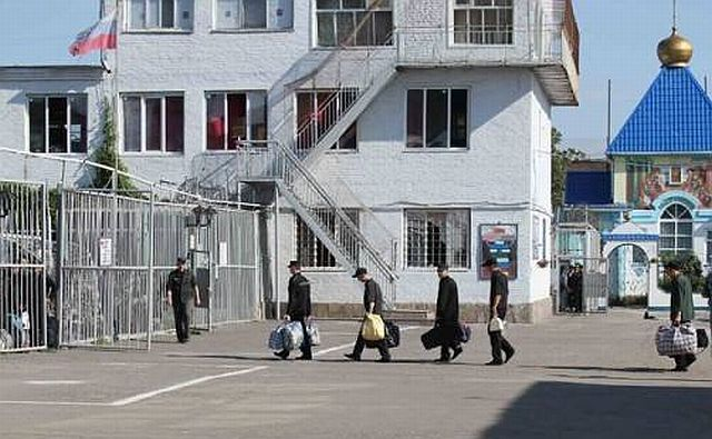 Заключённые в исправительной колонии Батайска объявили голодовку