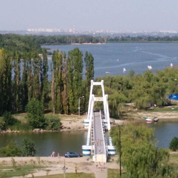 «Персиковое» лето пообещал россиянам специалист центра погоды «Фобос»