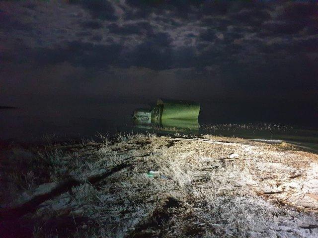 На берегу Азовского моря пограничники задержали грузовик с рыбой на 4 млн рублей.
