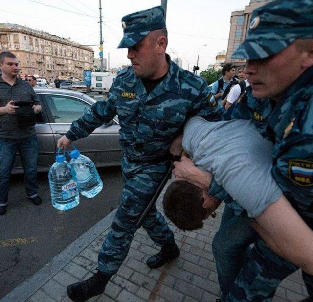 Ростовского полицейского отправили в СИЗО по подозрению в убийстве и разбое