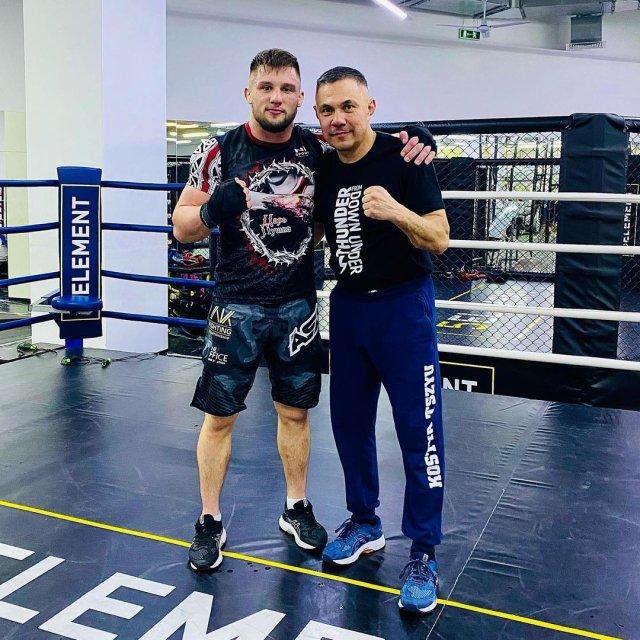 Азовский боец встретился с Костей Цзю