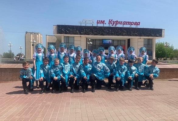 После долгого перерыва , коллектив «Гуляй, россияне!» небольшим составом принял участие во Всероссийском вокально- хореографическом конкурсе «Пою мое Отечество».