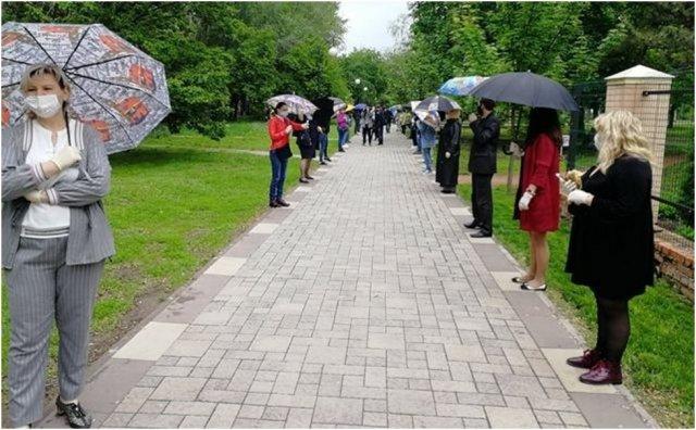 Азовскому зонтичному стоянию сегодня год!!!