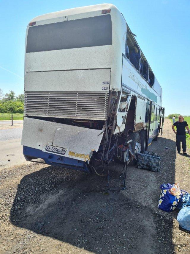 На автостраде М-4 «Дон» в Ростовской области в результате ДТП погиб пассажир