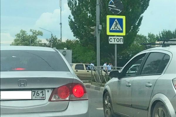 В Азове автозак с подследственными заглох посреди города