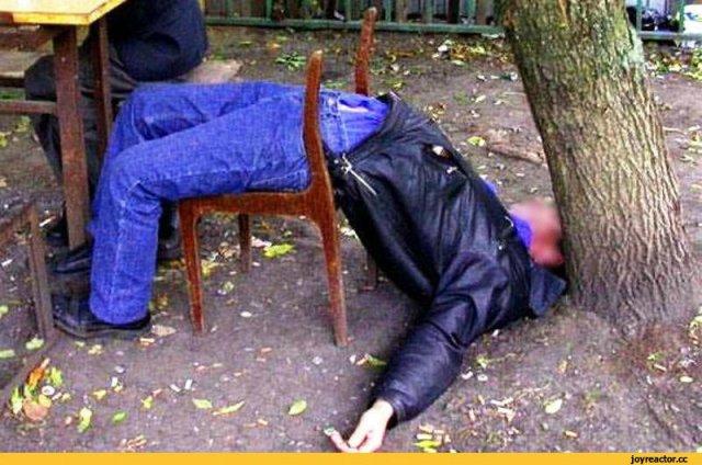 Азовский район с Азовом оказались первыми в области по количеству хронических алкоголиков
