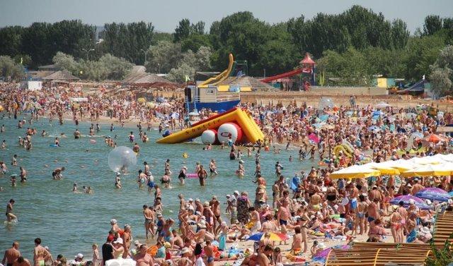 Глава Ростуризма заявила о перегруженности черноморских курортов.