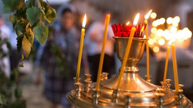 Что можно и чего нельзя делать на Троицу. Традиции, обряды, приметы