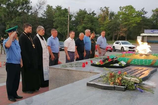 Сегодня в Азове почтили память героев Великой Отечественной войны