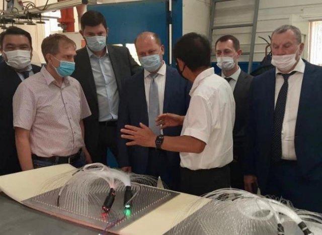 Иностранным дипломатам показали инновационную продукцию предприятий Азова