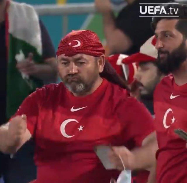 УЕФА показал подборку самых смешных моментов группового этапа Евро-2020.