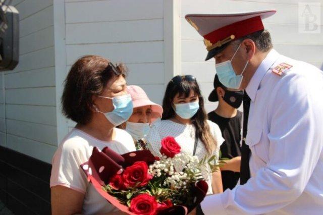 Сотрудники органов внутренних дел отметили профессиональный праздник.