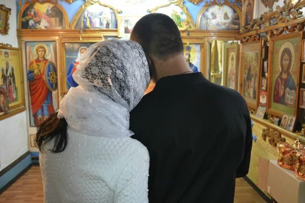 Жительница одного из населённых пунктов Азовского района обвенчалась с мужем в колонии