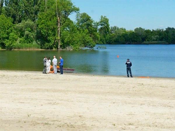 Роспотребнадзор забраковал воду в Дону в зоне городского пляжа Азова