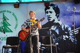 Рассказал об особенностях проведения концертов в этом году организатор ежегодного фестиваля памяти Владимира Высоцкого