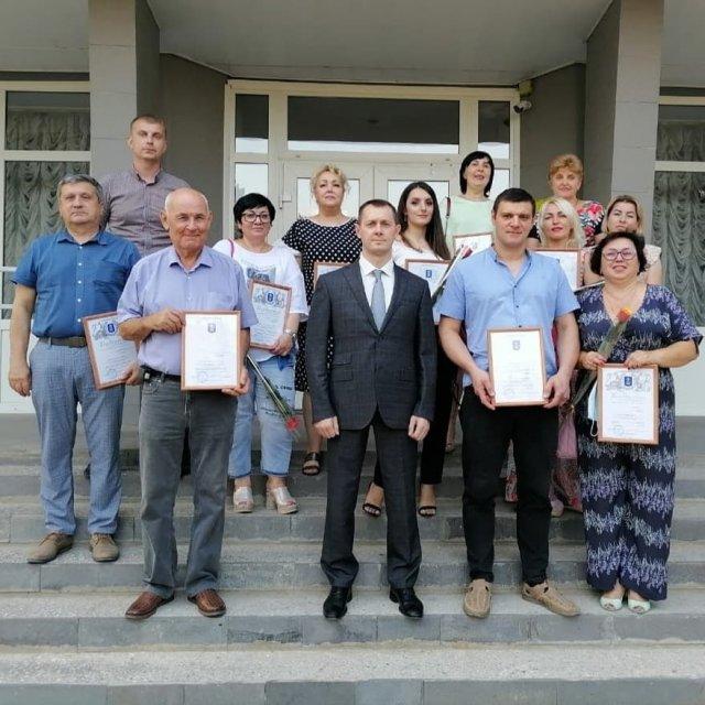 Владимир Ращупкин поздравил с наступающим Днём торговли азовских предпринимателей.